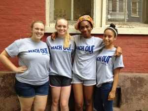 MacKenzie volunteered at Reach Out Saint Rose this fall!