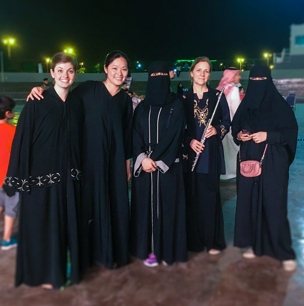 Suna Gunther with musicians in Saudi Arabia